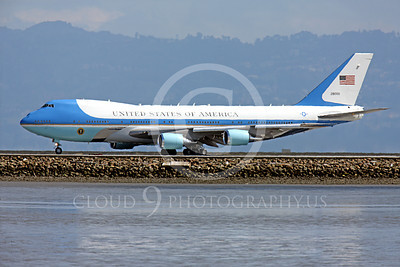 VC-25A 00028 A USAF Boeing VC-25A, 28000, aka Air Force One, takes the runway at SFO on 21 April 2011 with President Obama on board, military airplane picture, by Peter J Mancus