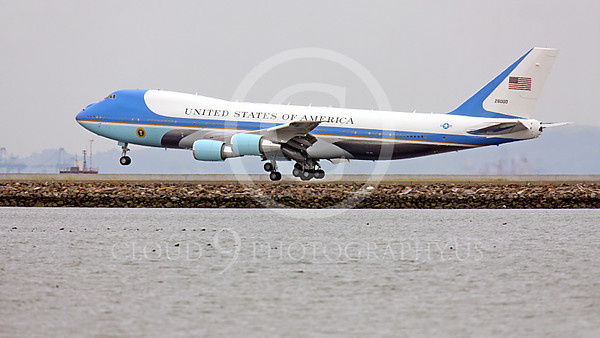 VC-25A 00011A A USAF VC-25A, 28000, a Boeing 747-200B, aka Air Force One, about to land at SFO on 20 April 2011 with President Obama, military airplane picture, by Peter J Mancus