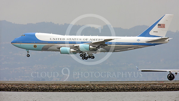 VC-25A 00009A A USAF VC-25A, 28000, a Boeing 747-200B, aka Air Force One, about to land at SFO on 20 April 2011 with President Obama on board, military airplane picture, by Peter J Mancus