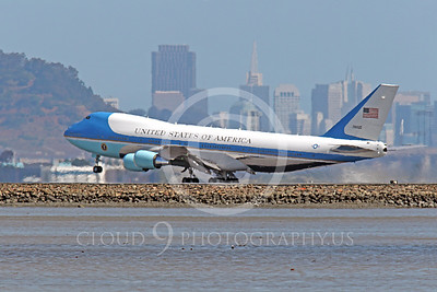 VC-25A 00032 A USAF Boeing VC-25A, 28000, aka Air Force One, carrying President Obama, takes off at SFO on 21 April 2011, by Peter J Mancus
