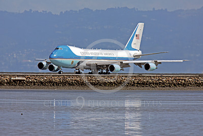 VC-25A 00027 A USAF Boeing VC-25A, 28000, aka Air Force One, takes the runway at SFO on 21 April 2011 with President Obama on board, military airplane picture, by Peter J Mancus