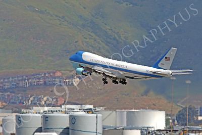 VC-25A 00034 A USAF Boeing VC-25A, 28000, aka Air Force One, carrying President Obama, takes off at SFO on 21 April 2011, by Peter J Mancus