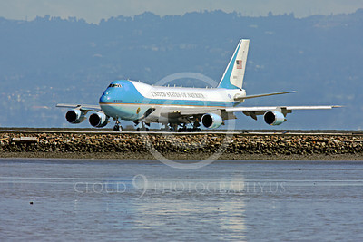 VC-25A 00026 A USAF Boeing VC-25A, 28000, aka Air Force One, takes the runway at SFO on 21 April 2011 with President Obama on board, military airplane picture, by Peter J Mancus