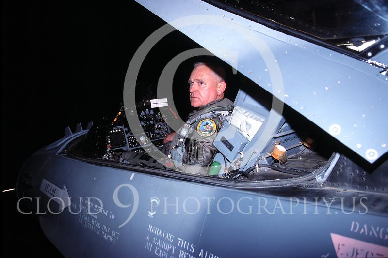 ACM%2000001%20%20Lt%20Col%20John%20Peterson%2C%20F-16%20fighter ...