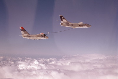 ARS3 00003 Douglas KA-3B Skywarrior and Lockheed S-3A Viking, US Navy, produced by Peter J Mancus