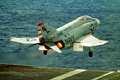 ACCSF4 00009 McDonnell Douglas F-4J 0446 VF-151 USS Constellation official US Navy photograph