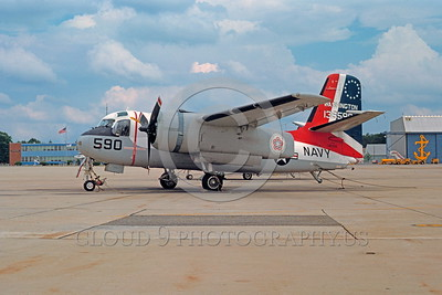 BIC-S-2USN 00001 A static colorful Grumman US-2B Tracker USN 136590 bicentennial markings 12-1976 military airplane picture by Peter J Mancus