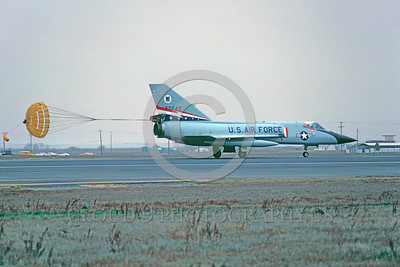 CHUTE-F-106AUSAF 00003 A Convair F-106 Delta Dart USAF rolls out with deployed chute Castle AFB 1-1978 military airplane picture by Peter J Mancus