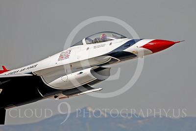 CUNMJ 000109 Lockheed Martin F-16 USAF Thunderbird by Peter J Mancus