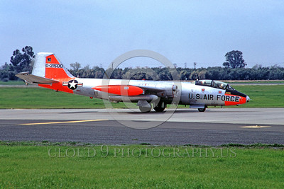 DG-B-57USAF 0003 A taxing day-glow Martin EB-57 Canberra USAF 21500 McClellan AFB 3-1968 military airplane picture by Peter B Lewis