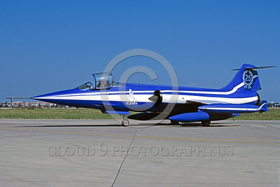 EE-F-104Forg 00025 A static colorful Lockheed F-104 Starfighter Italian Air Force 10-1989 military airplane picture via African Aviation Slide Service