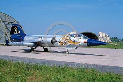 EE-F-104F 00002 A static colorful Lockheed Martin F-104 Starfighter Italian Air Force jet fighter 21 Sqd The Last Starfighter 6-1996 military airplane picture via African Aviation Slide Service