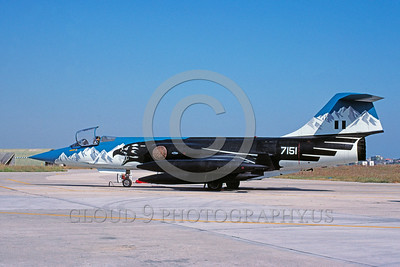 EE-F-104Forg 00022 A static colorful Lockheed F-104 Starfighter Hellenic Air Force 10-1991 milirtary airplane picture via African Aviation Slide Service