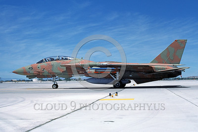 F-14USN-CAM 0014 A taxing pinkish-brown and green USN Grumman F-14 Tomcat jet fighter 159831 NAS Fallon 6-1985 military airplane picture by Michael Grove, Sr