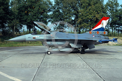 EE-F-16Forg 00019 A static colorful Lockheed Martin F-16 Fighting Falcon Dutch Air Force jet fighter J-145 314 Sqd 10-1992 military airplane picture for sale by Wilfreid Zetsche