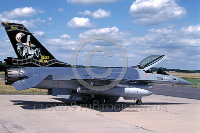 EE-F-16Forg 00010 A static colorful Lockheed Martin F-16 Fighting Falcon Belgium Air Force FA-112 7-2003 Reccee Meet military airplane picture by Marinus Tabak