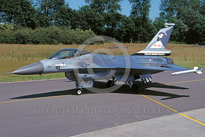 EE-F-16Forg 00008 A static Lockheed Marting F-16 Fighting Falcon Dutch Air Force jet fighter J-063 6-2003 military airplane picture by Marinus Tabak