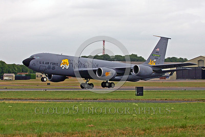 EE-KC-135USAF 00001 A Boeing KC-135R USAF Reserve take-off military airplane picture by Paul Ridgway
