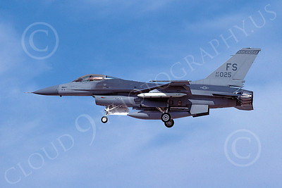 F-16ANG 00165 Lockheed Martin F-16 Fighting Falcon Arkansas Air National Guard 82025 Oct 1991 by Peter J Mancus