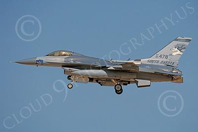 F-16ANG 00068 Lockheed Martin F-16 Fighting Falcon South Dakota Air National Guard 85478 Sept 2002 by Peter J Mancus