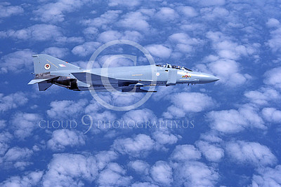 F-4Forg 00208 McDonnell Douglas F-4J Phantom II British RAF ZE352 8-1984 military airplane picture by Jan C Jacobs