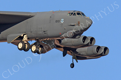 CUNMJ 00372 Boeing B-52H Stratofortress USAF 61013 by Peter J Mancus