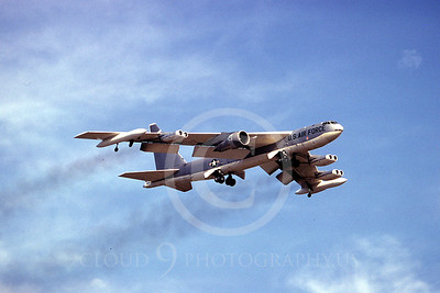 B-52 00018 Boeing B-52 Stratofortress June 1977 by Ron McNeil