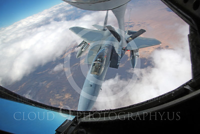 F-15USAF 00318 A USAF McDonnell Douglas F-15 Eagle jet fighter refuels from a USAF Boeing KC-135 Stratotanker over Nevada, by Peter J Mancus