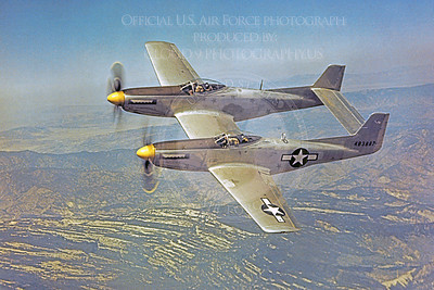 F-82 00003 A flying USAF North American F-82 Twin Mustang military airplane picture, Official USAF Picture