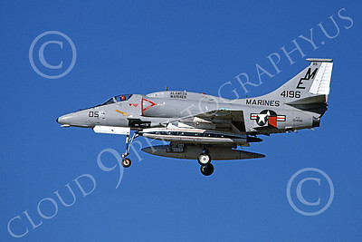 A-4USMC 00390 A landing Douglas A-4 Skyhawk USMC 154196 7-1978 military airplane picture by Michael Grove, Sr