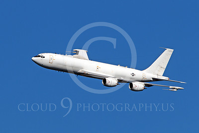E-6 00010 A US Navy Boeing E-6 Mercury in flight at a US Naval Centennial airshow, by Peter J Mancus