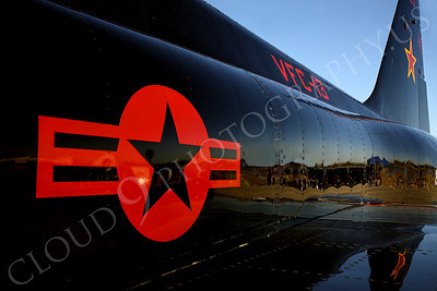 F-5USN 00100 Arty red star reflection on a US Navy VFC-13 Northrop F-5E Freedom Fighter at a US Naval Centennial airshow, by Peter J Mancus