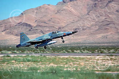 F-5USAF 00020 Northrop F-5E Freedom Fighter USAF 01516 AGGRESSOR Nellis AFB 1979 by Peter J Mancus