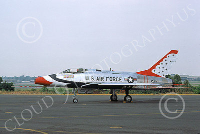 TB-F-100 00001 A static North American F-100 Super Sabre USAF THUNDERBIRDS 7-1977 military airplane picture by Wilfreid Zetsche