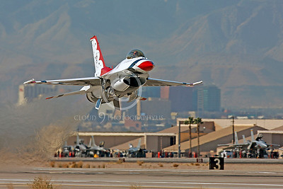 TB - F-16 00008 Lockheed Martin F-16 Fighting Falcon USAF THUNDERBIRDS by Peter J Mancus