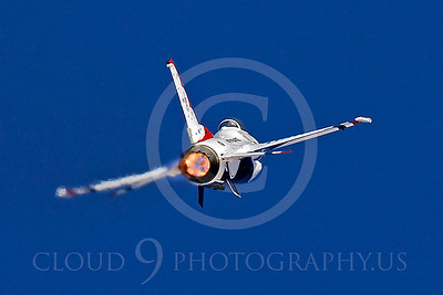 TB - F-16 00068 Lockheed Martin F-16 Fighting Falcon USAF THUNDERBIRDS by Peter J Mancus