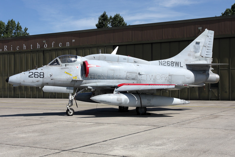 N268WL   Douglas A-4N Skyhawk   BAe Systems