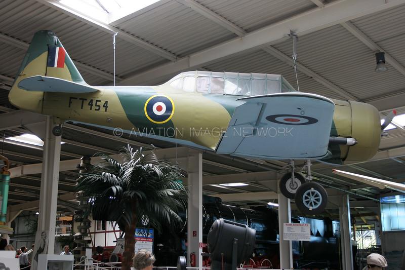 FT454 | North American AT-6D Harvard II | Royal Air Force