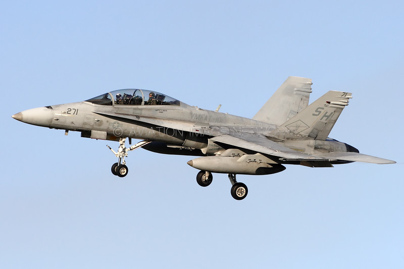 ****** | McDonnell Douglas F/A-18D | United States Marine Corps