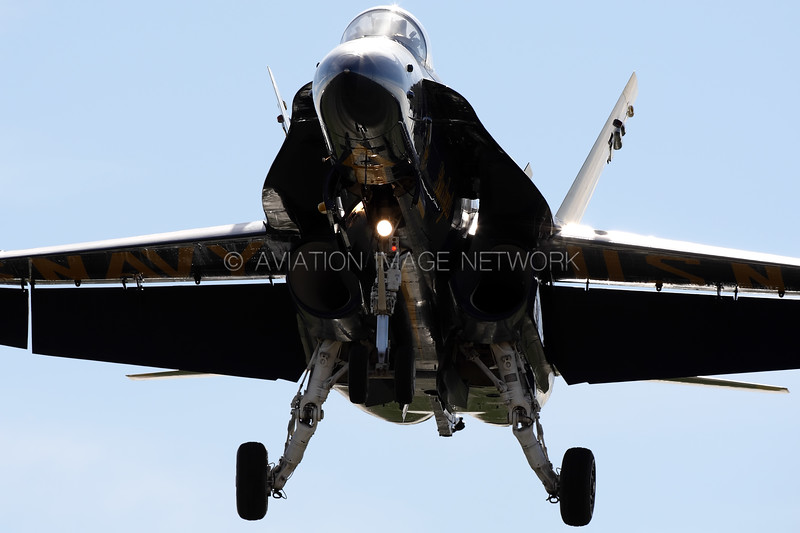 ****** | MCDonnell Douglas F/A-18 | United States Navy