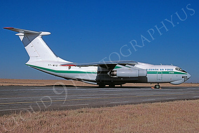 Ilyushin Il-76MD 00013 Ilyushin Il-76MD Candid Algerian Air Force 7T-WIC July 2002 via African Aviation Slide Service