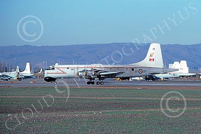 Canadir CP-107 Argus 00007 A taxing RCAF Canadir CP-107 Argus 718 NAS Moffett 12-1976 military airplane picture by Michael Grove, Sr