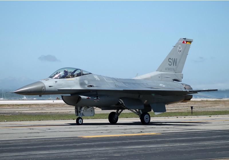 F-16 [91-0376] from Shaw AFB South Carolina.