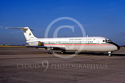 Douglas DC-9Forg 00001 Douglas DC-9 Kuwait Air Force KAF320 17 August 1989 by Tony De Bruyn via African Aviation Slide Service
