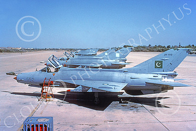 MiG-21 00087 A static Mikoyan-Guryevich MiG-21 Fishbed Pakistani Air Force 552 5-2001 military airplane picture by Rogier Westerhuis