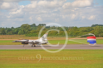 CHUTE 00103 Lockheed Martin F-16 Fighting Falcon Netherlands Air Force by Peter J Mancus