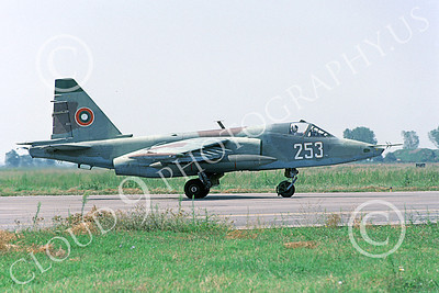 Su-25 00025 A taxing Sukhoi Su-25K Frogfoot Serbian Air Force 253 9-2002 military airplane picture by Hans Werner