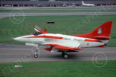 A-4Forg 00014 A taxing Signapore Air Force Douglas A-4E Skyhawk attack jet, BLACK KNIGHTS Flight Demonstration Sqd, 3 Sept 2000, military airplane picture