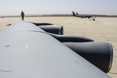 KC-135 Stratotanker wing