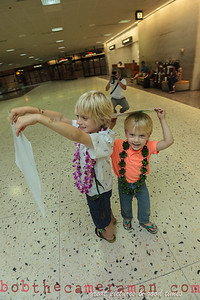 IMG_0747-John Schimmelmann-military homecoming-Honolulu International Airport-Hawaii-May 2013
